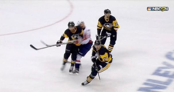 letang-hit-awful