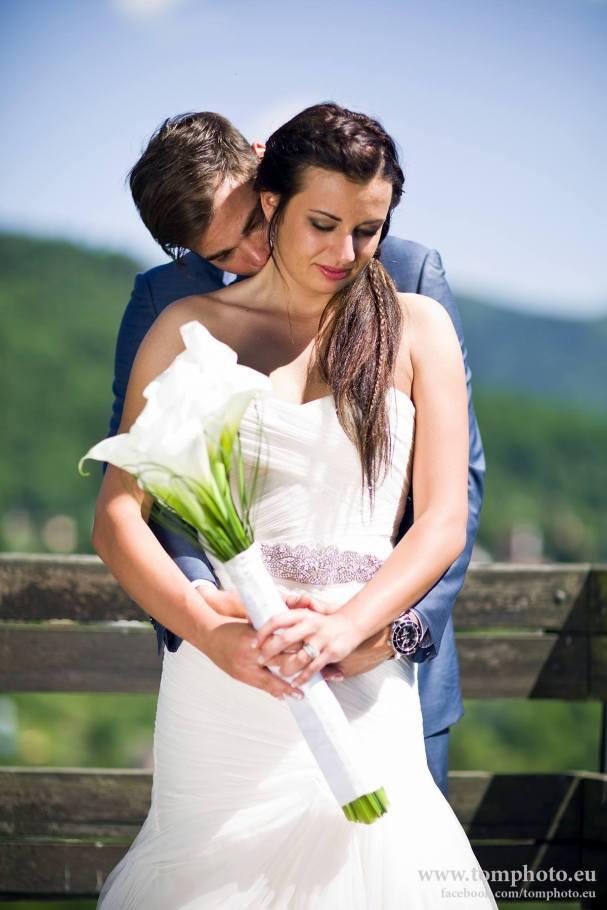 michal-neuvirth-married2