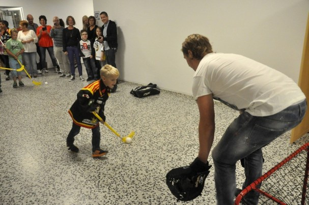 nicklas-backstrom-hospital-hockey