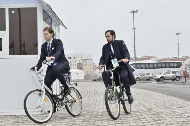 nicky-backstrom-marcus-johansson-ride-bikes