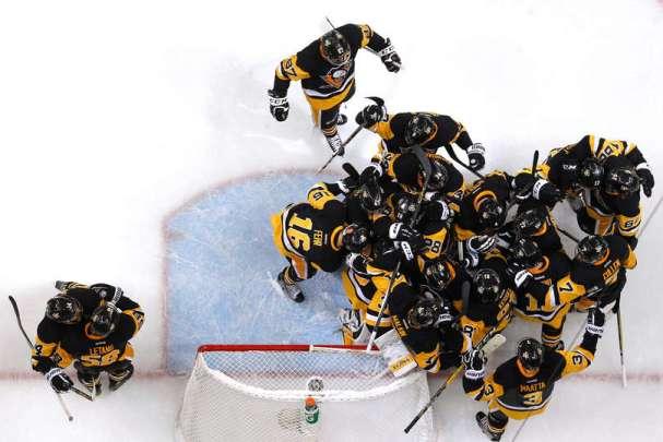 penguins-celebration1