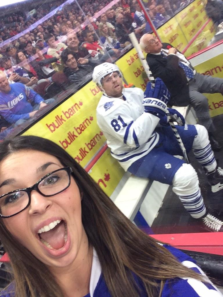 This Phil Kessel Penalty Box Selfie Is Not Awkward At All Rmnb