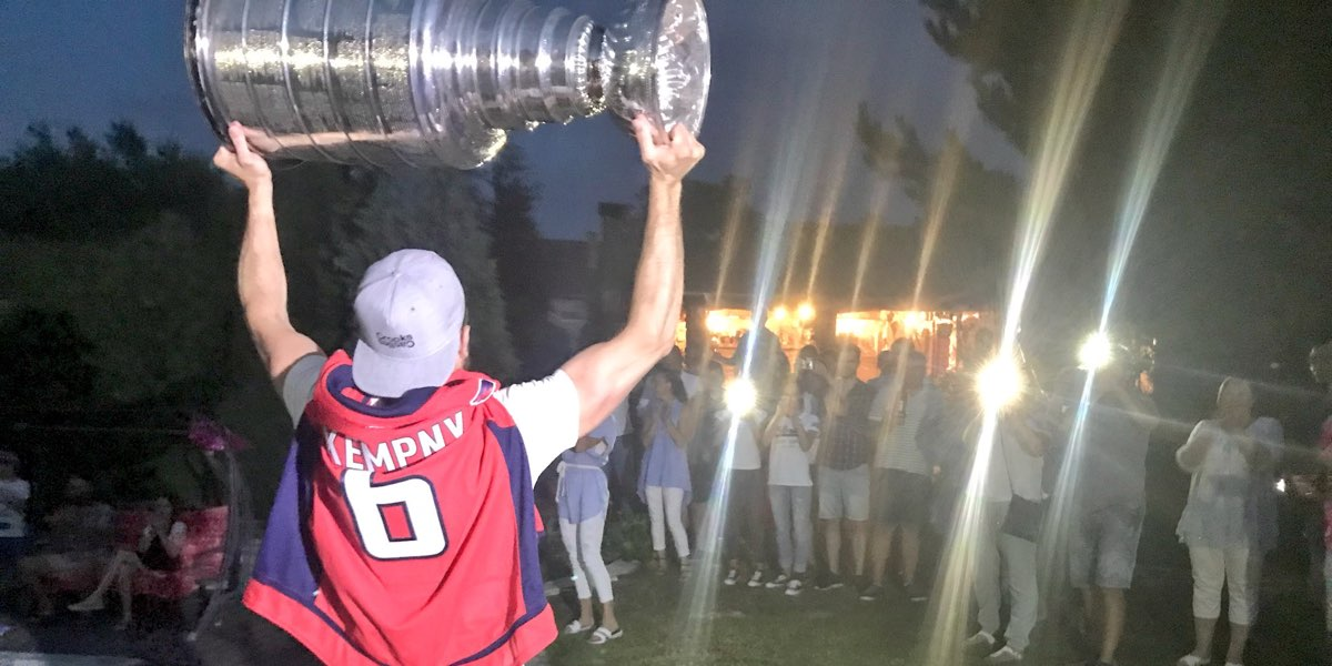 Michal-kempny-day-with-stanley-cup