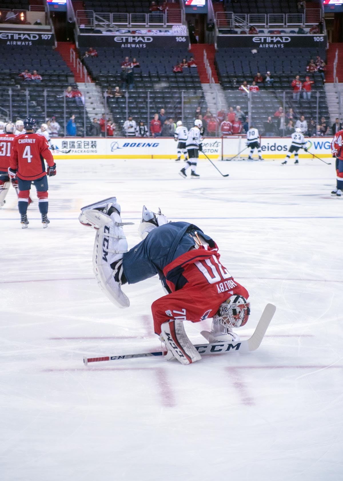 Braden-Holtby-Warm-Ups