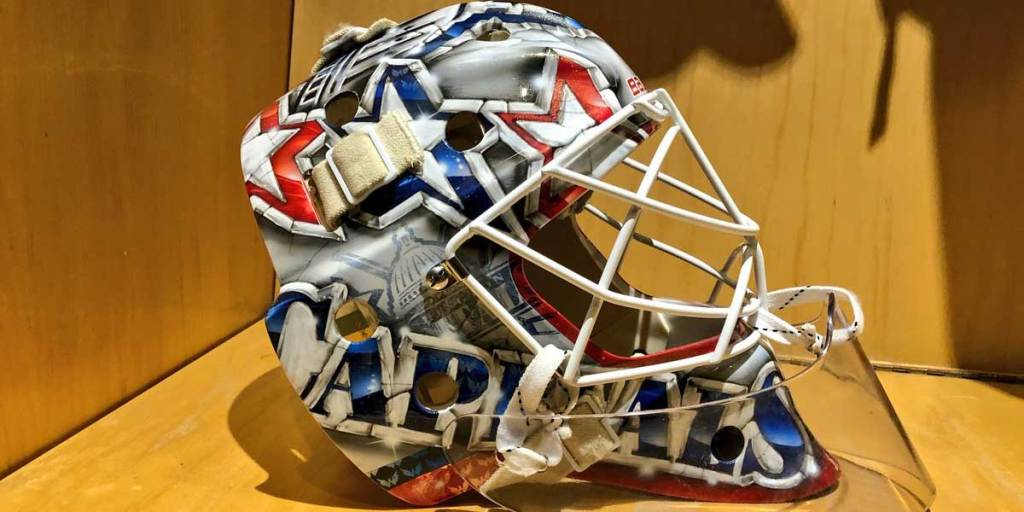 Braden Holtby S New Mask For The 2018 19 Season Features The Old Capitol Dome Logo Rmnb
