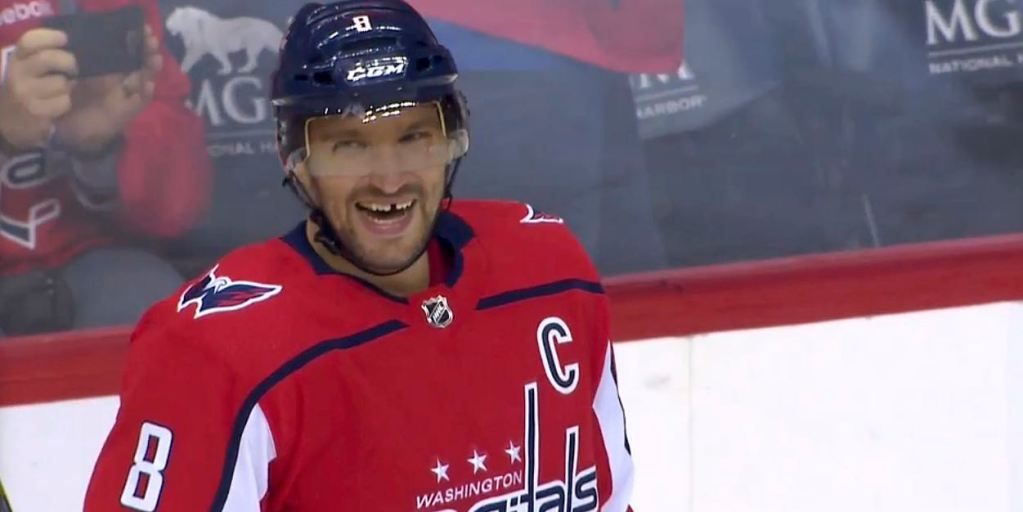 Capitals Alex Ovechkin Becomes 8th Player With 700 Goals