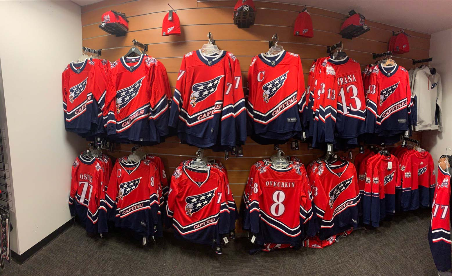 Capitals Reverse Retro jerseys sold out online in record time on ...
