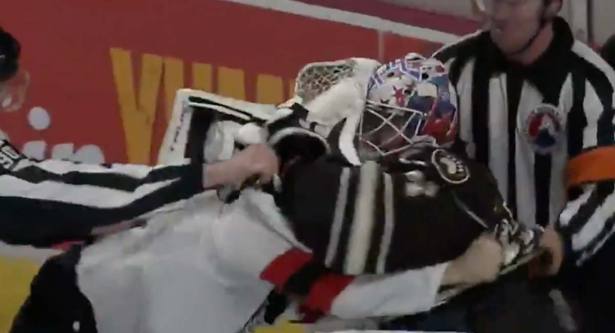 Pheonix Copley awarded 'Check of the Game' by Hershey Bears for trying to fight a Devils player