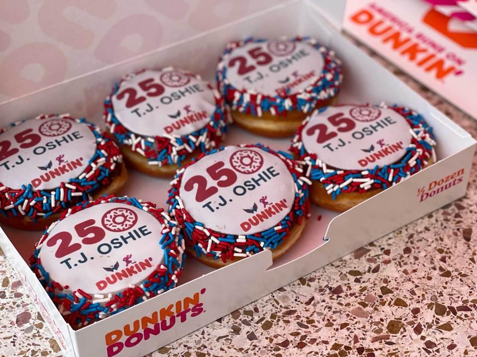 tj-oshie-half-dozen-250-donuts.jpg?resiz