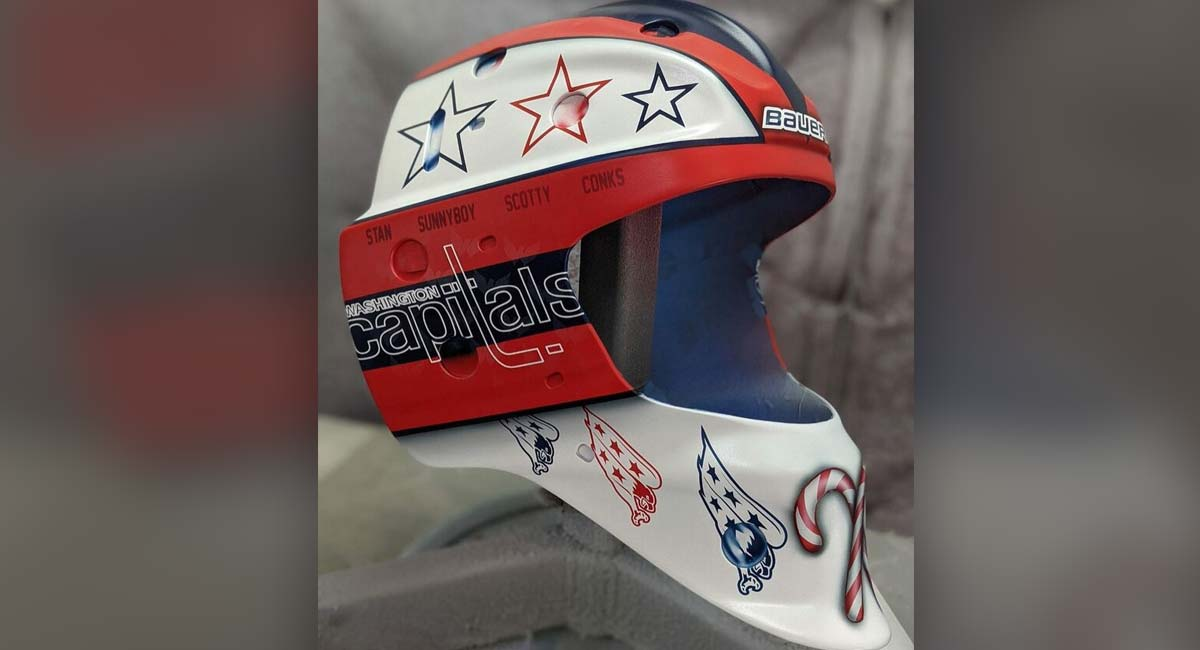 Pheonix Copley debuts 'clean' new Capitals goalie mask design featuring repeating Weagle logo
