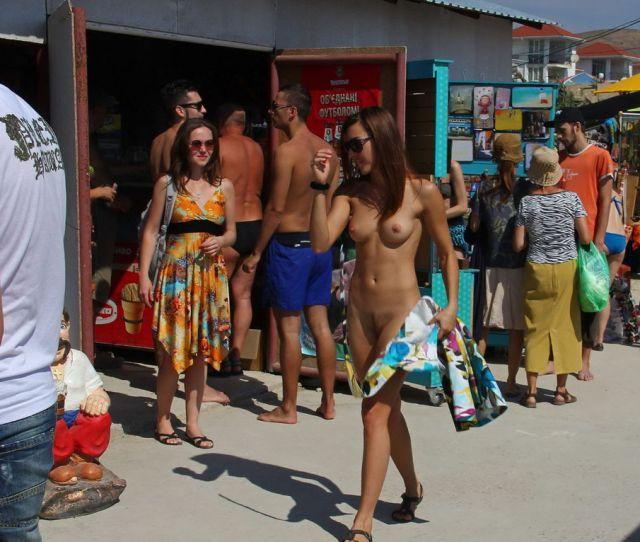 Shameless Naked Girl On The Market In The Resort Town Russian Sexy Girls