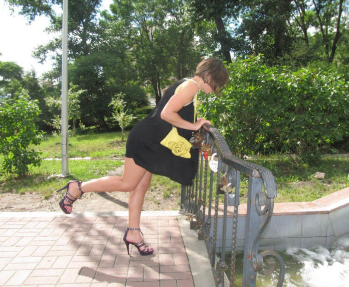 Amateur russian wife upskirt at public places