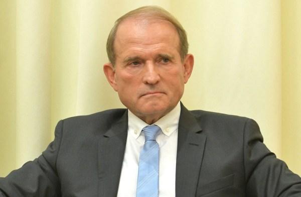 Виктор Медведчук призвал Киев снять антироссийские санкции