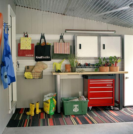 Garage Decorating Ideas And Organization - Rustic Crafts ... on Garage Decorating Ideas  id=91597
