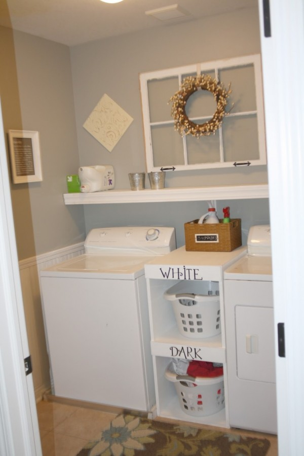 Chic Ideas For Decorating A Laundry Room - Rustic Crafts ... on Laundry Decorating Ideas  id=49795