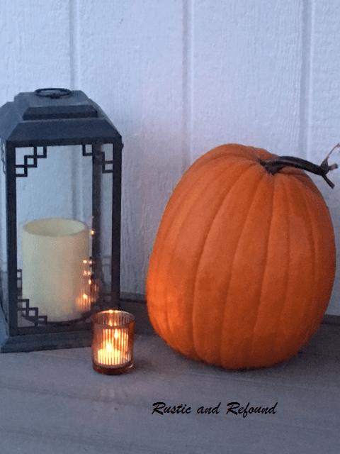 Pumpkin and Lantern 2018 Porch