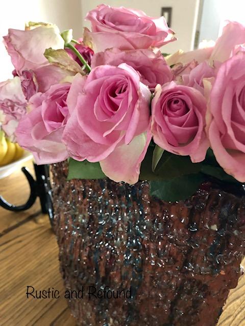 roses in ceramic vase1