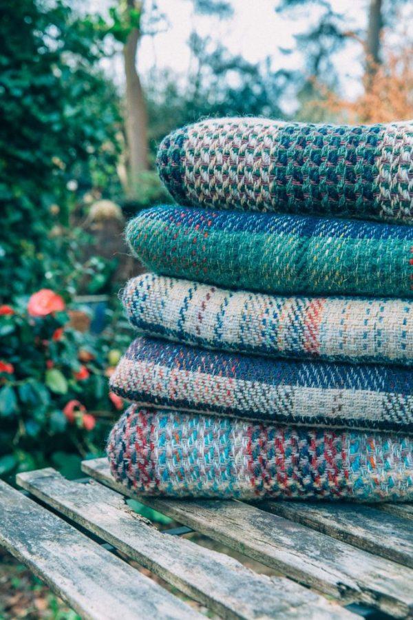 Set of twenty woollen blankets