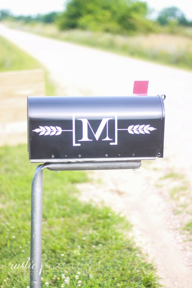 Custom-Mailbox-Free-Silhouette-File (7 of 11)