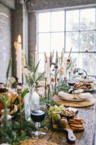 Kerst tafel met veel groen