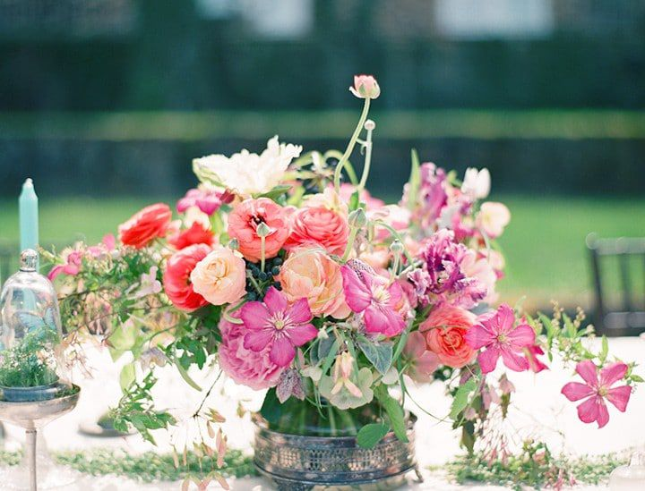 The Perfect Flowers For A Rustic Centerpiece