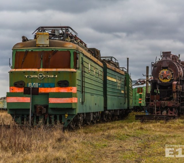 Secret base in the Siberia with Abandoned Trains