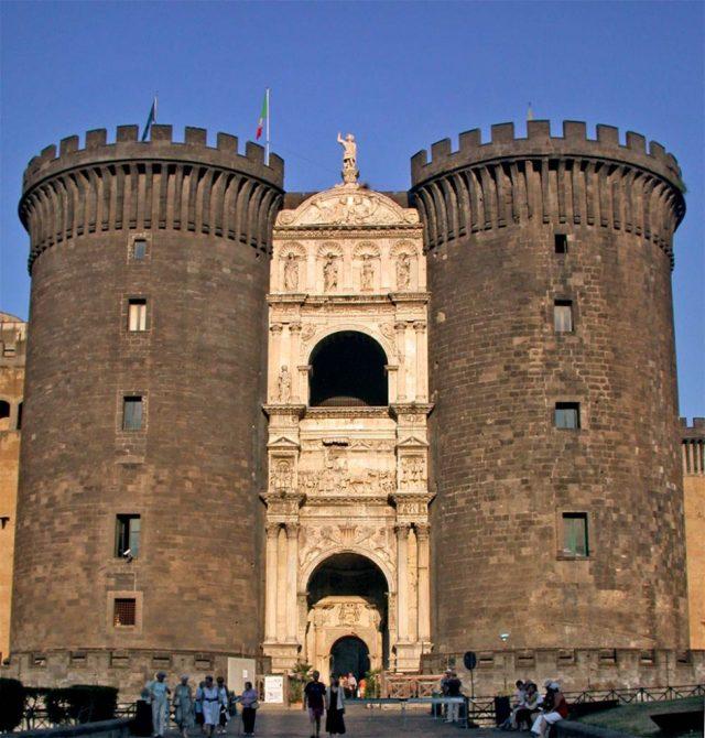 Arco de Alfonso V