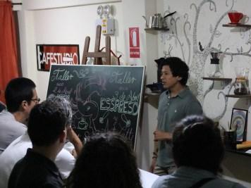 """Juan Pablo Ayala sugiere """"con paciencia"""" diversificar el negocio."""