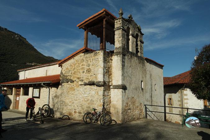 Iglesia de Cadagua