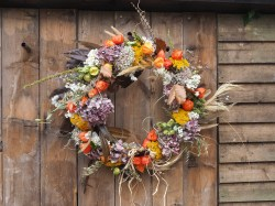 Huge Autumnal colourful wreath