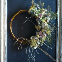 wreath yellow and blue
