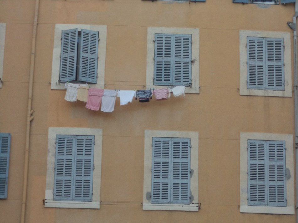 Laundry in Marseilles