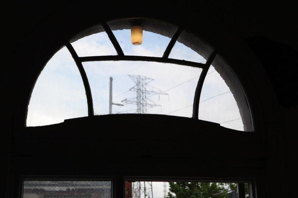 power lines Window