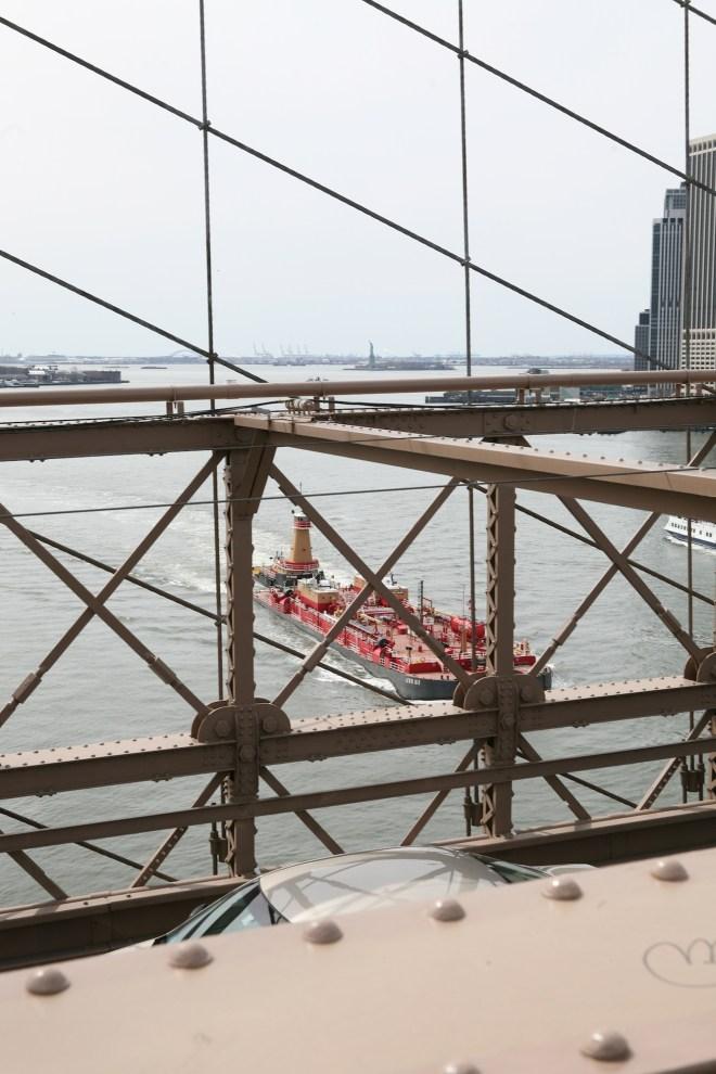 brooklyn bridge barge