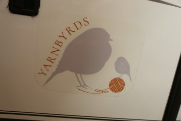 Yarnbyrds Logo