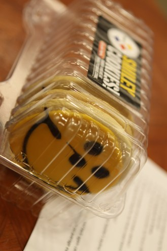 Steelers Smiley Cookies