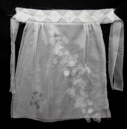Picture of white apron
