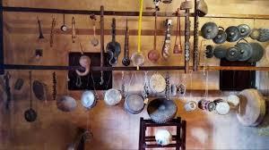 ಸಂಗೀತ ವಾದ್ಯಗಳ ಸಂಗ್ರಾಹಕ