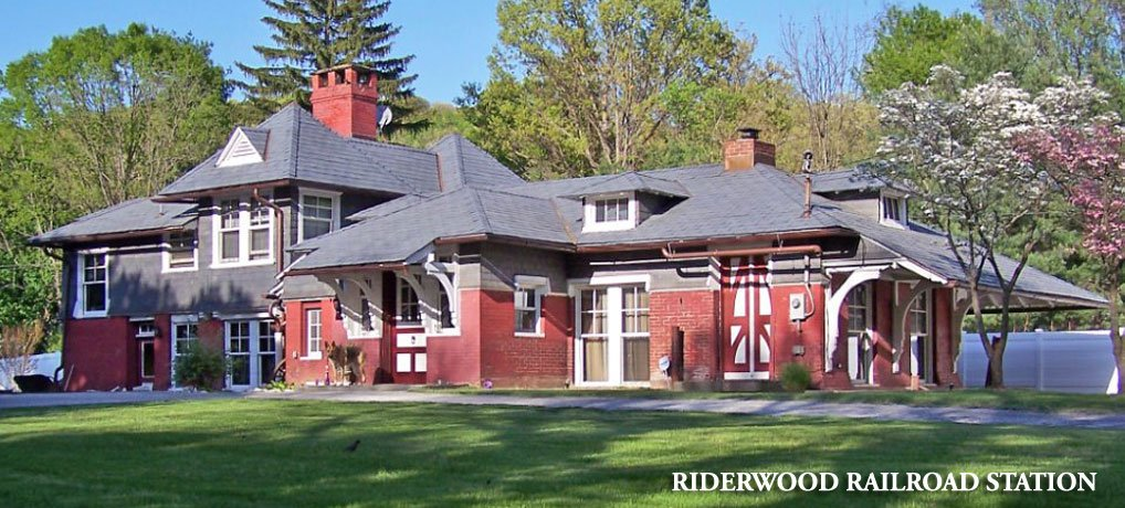 Riderwood Railroad Station