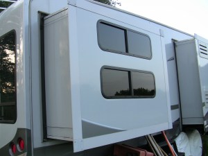 RV Slide outs – How To Information and Videos