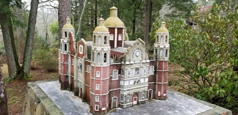 replica miniatures at the Ave Maria Grotto in Alabama