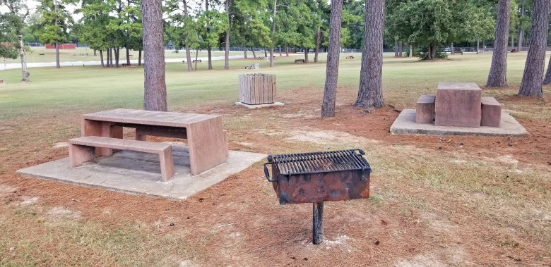 picnic tables and grill along with free camping in Houston Texas