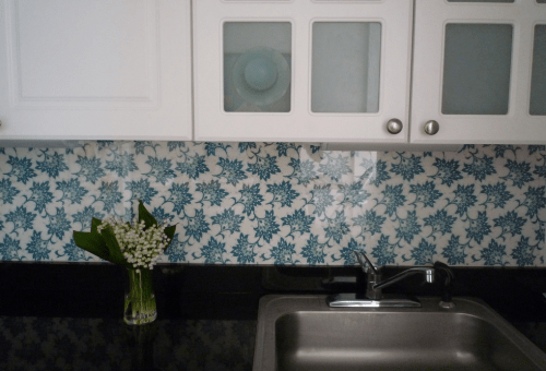 Fabric and plexiglass backsplash