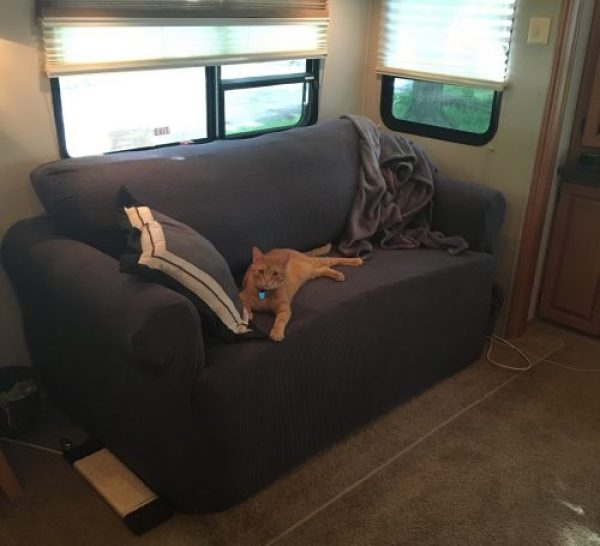 Stretch-to-fit slipcover - idea for campers, motorhomes, travel trailers, etc. | RV Inspiration