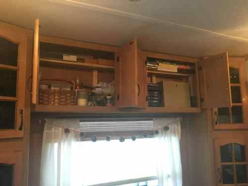 Easy way to add a cheap, removable shelf to an RV