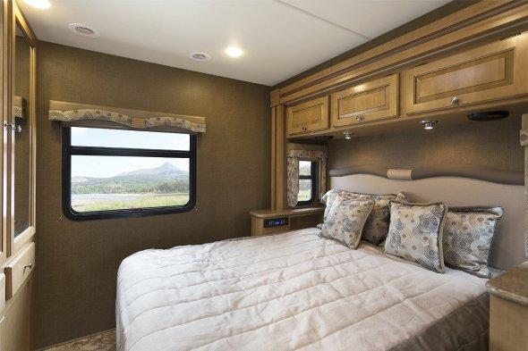 2016-Windsport-31S-Fusion-Grey-Sydney-Maple-bedroom