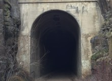 This Trail Leads To An Old Washington Railroad Tunnel