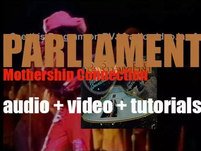Casablanca Records publish Parliament's fourth album : 'Mothership Connection' (1975)