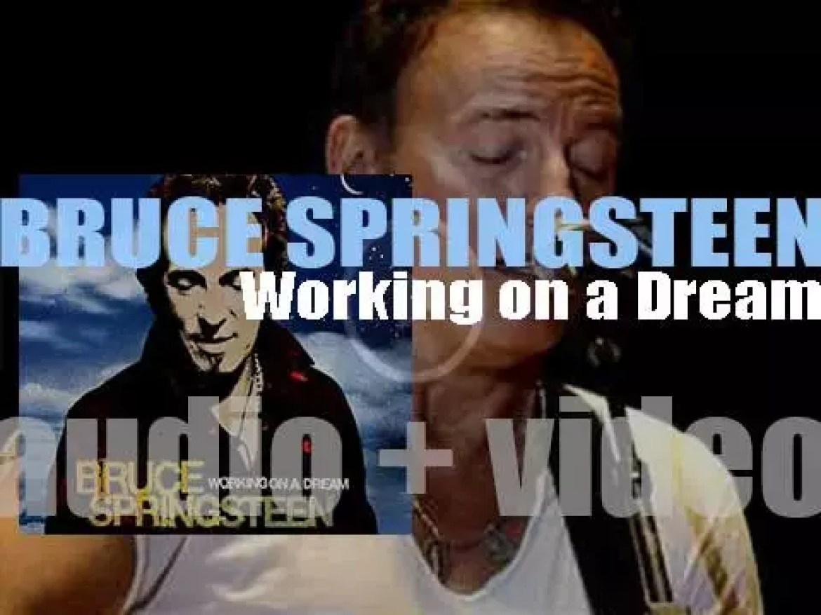 Bruce Springsteen releases his sixteenth album : 'Working on a Dream' (2009)
