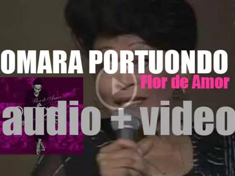 Omara Portuondo releases her nineteenth solo album : 'Flor de Amor' (2004)